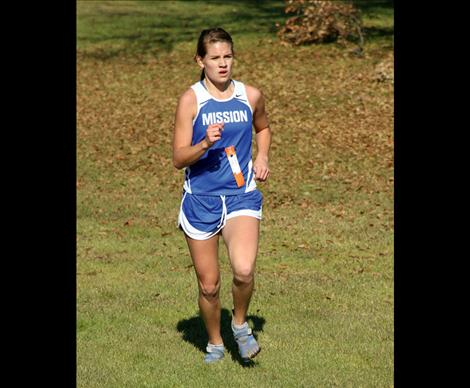 Senior Kaylie Durglo logged a time of 22:26, which put her in 14th.