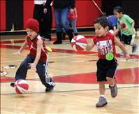 Itty Bitty Basketball teaches fundamentals, sportsmanship