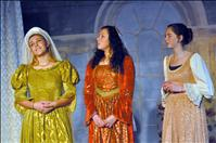 Students produce Romeo and Juliet