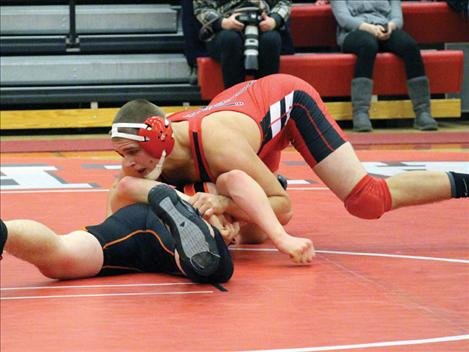 Warriors host wrestling mixer