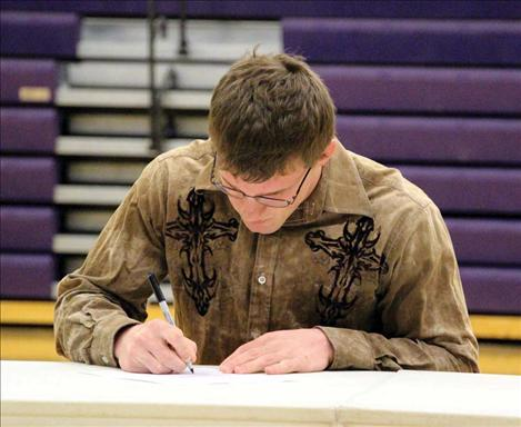 Jacen Peterson signs letter of intent for Arizona State University.