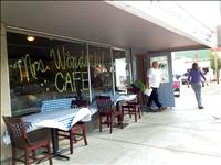 Café serves fresh, homemade food and baked goods