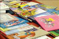 Donors  replenish books lost to meth
