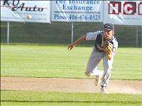 Mariners end season at Districts, but not without glory