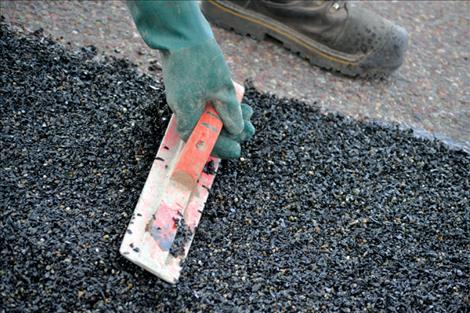Used tires recycle into hearty paving