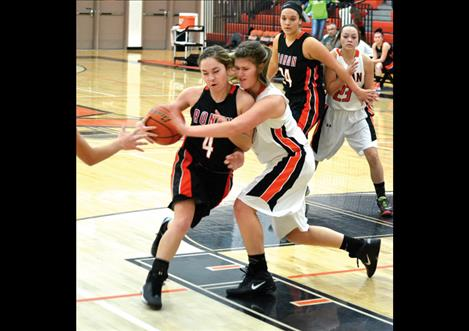 Maidens Jordan Clairmont and Ashley Peterson compete in Friday's Orange and Black Scrimmage.