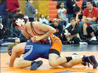Local wrestlers go big at divisionals
