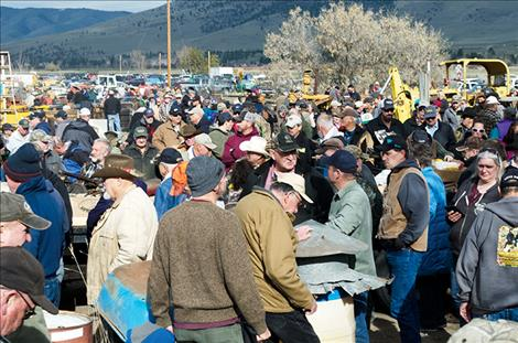Close to one-thousand people attend the auction.