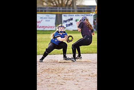 Lady Pirates' Laurel Bitterman slips into second base.