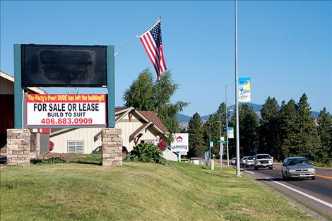 Parking issues have caused Bill and Cynthia Barrett's restaurant plans at 51145 Highway 93 in Polson to be cancelled.