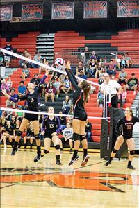 Ronan volleyball notches four-set win over Polson