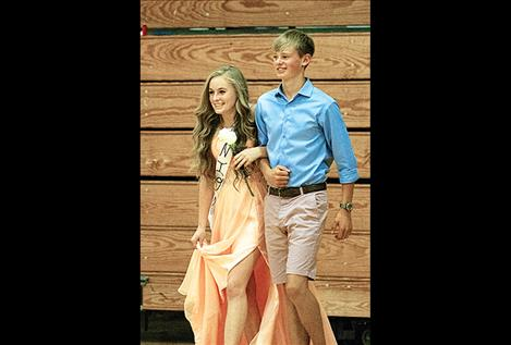 Vikings' junior queen and king Kaitlyn Cox and  Wills Degrandpre.