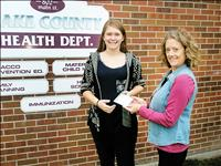 Local teen wins gift card for getting vaccines