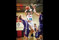 Eagles fall to Vikings in 14C matchup