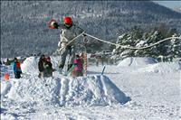 Local family rings in New Year skijoring