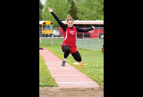 Arlee Scarlet Mikayla Rieken earns third place in the 14C girls triple jump.