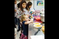 Community meal promotes family dining