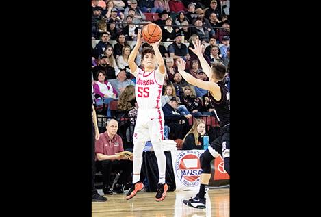 Mission Valley athletes earn basketball honors