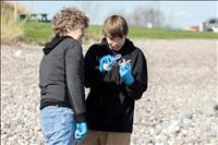 Students search for aquatic invasive species