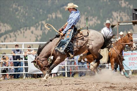 Ronan Cowboy Camron Brown scores a 69-point ride.