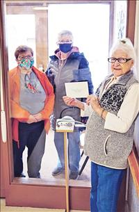 Assisted living facility coordinates in-house fundraiser for food banks
