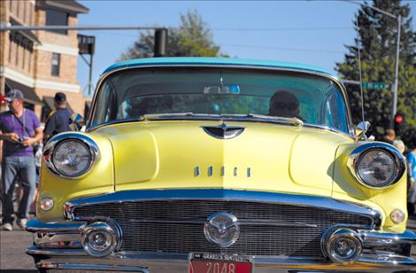 Great vehicles, weather make car show a classic