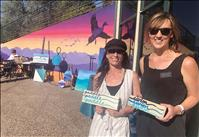 Artists share skills by the lake, group advocates